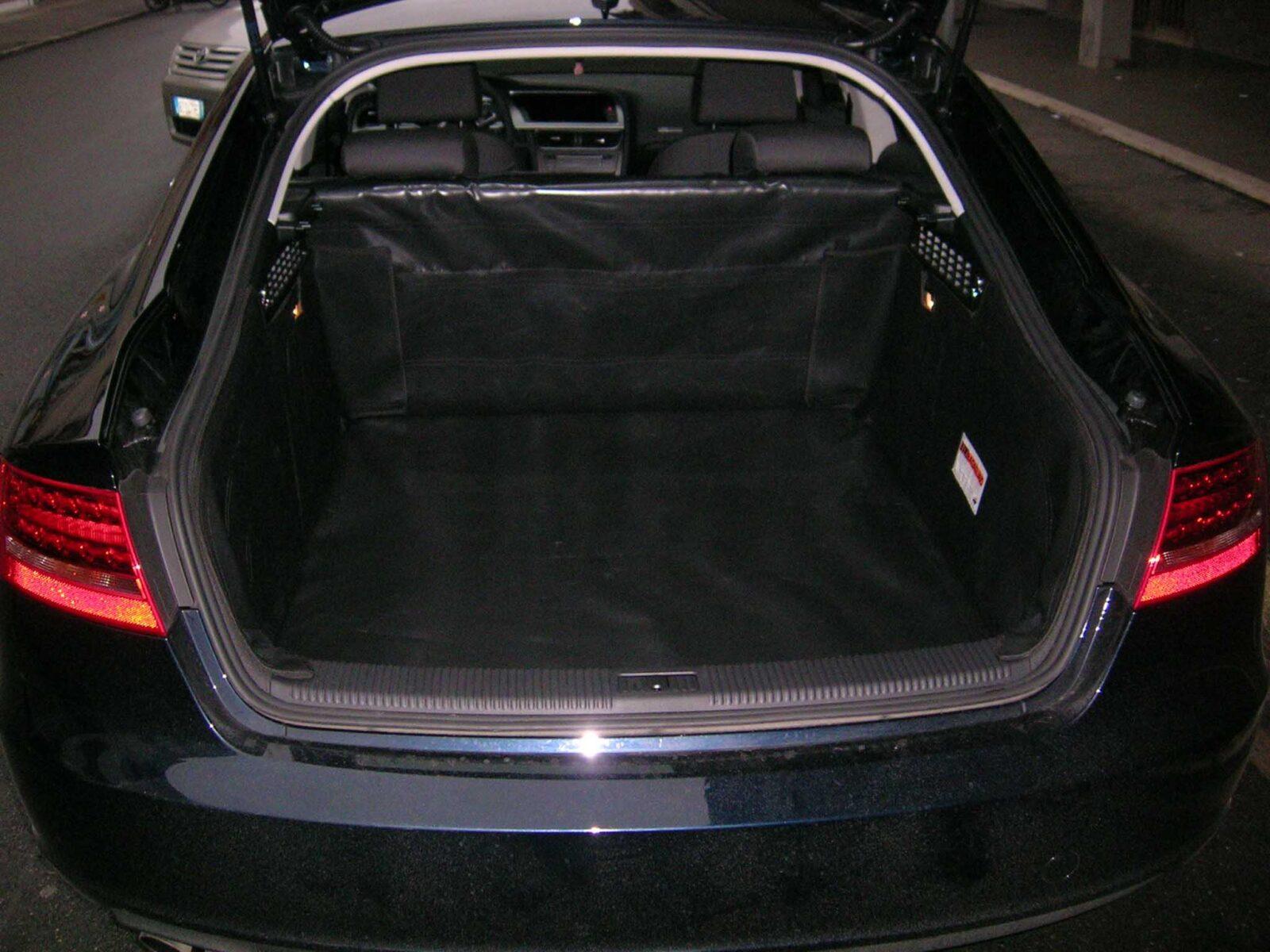 Salva baule Audi A5 Sportback telo cane